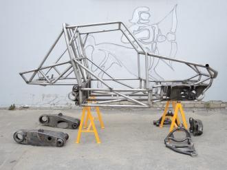 Рама прототипа Кабан 2.0 с комплектом рычагов подвески.